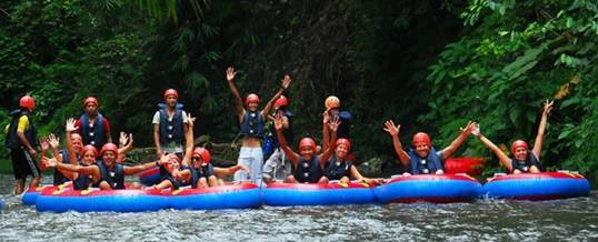 Tubing di Bali River Tubing A012016
