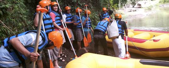 Bali Outbound Amazing Race VW Safari & Rafting 012015