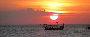 Outbound Bali Pantai Lovina Sunset