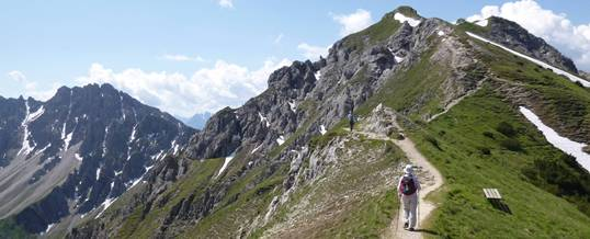 Hiking the route up to Seefelder Spitze – Austria – Macs Adventure