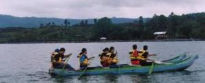 Toya Devasya Batur Canoeing