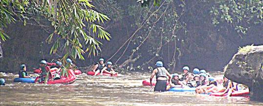 Outbound Di Bali Tubing Ayung River