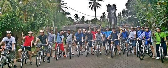 Outing Bali Cycling & Tubing Adventure Ubud Camp 012015