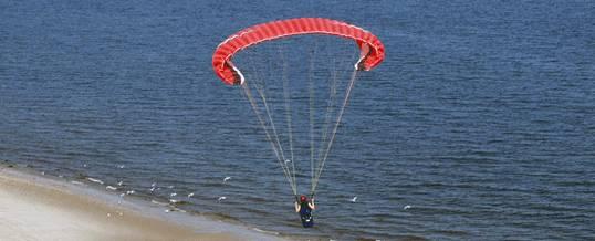 Paket Outing di Bali Paragliding Picture