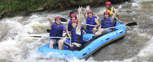 Outing Ke Bali Graha Rafting