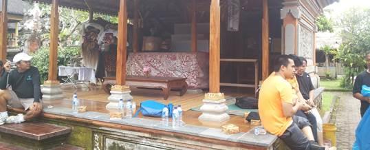 Tema Gathering Makan Nasi Ayam Kedewatan