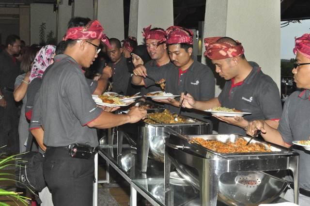 Outbound Bali Dinner GWK - Lintasarta 6