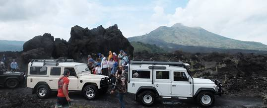 Outbound di Bali Nuansa Adventure Land Rover