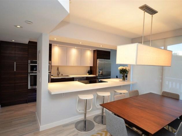 Contemporary-Kitchen-Miami-35