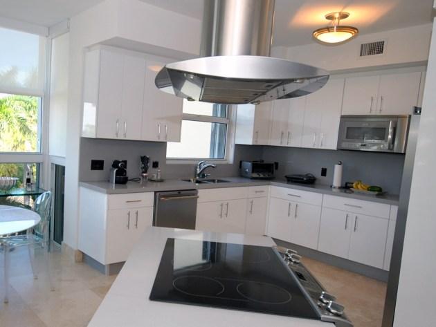 Contemporary-Kitchen-Miami-18