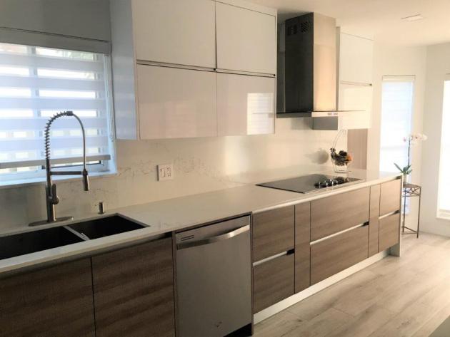 Contemporary-Kitchen-Miami-60