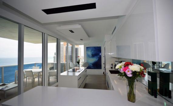 Custom Kitchens Design In Miami Armadi
