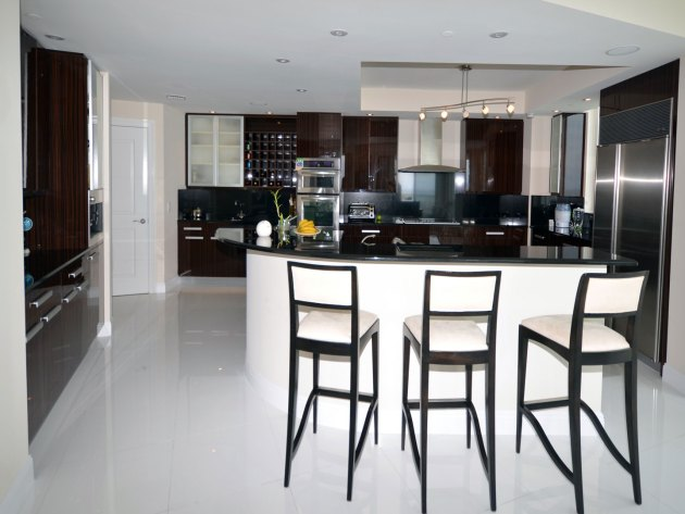 Contemporary-Kitchen-Miami-44