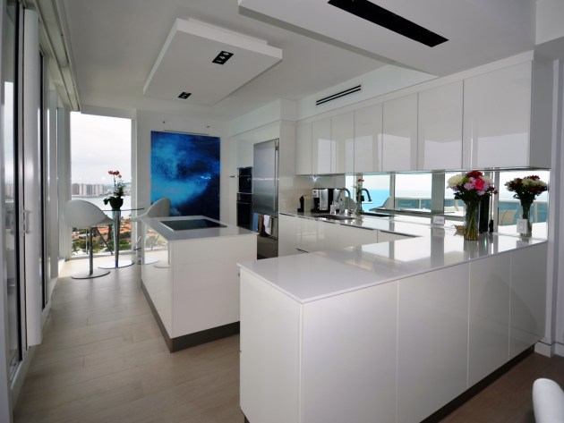 Contemporary-Kitchen-Miami-51