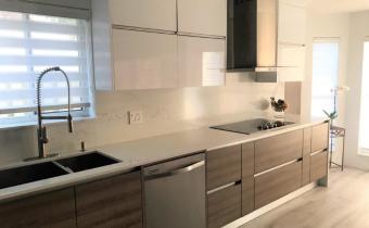 Contemporary-Kitchen-Miami