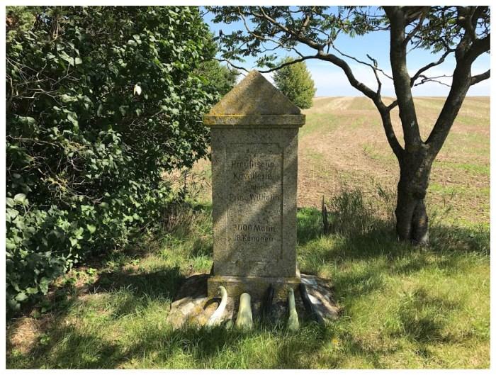 Auerstedt gourd monument