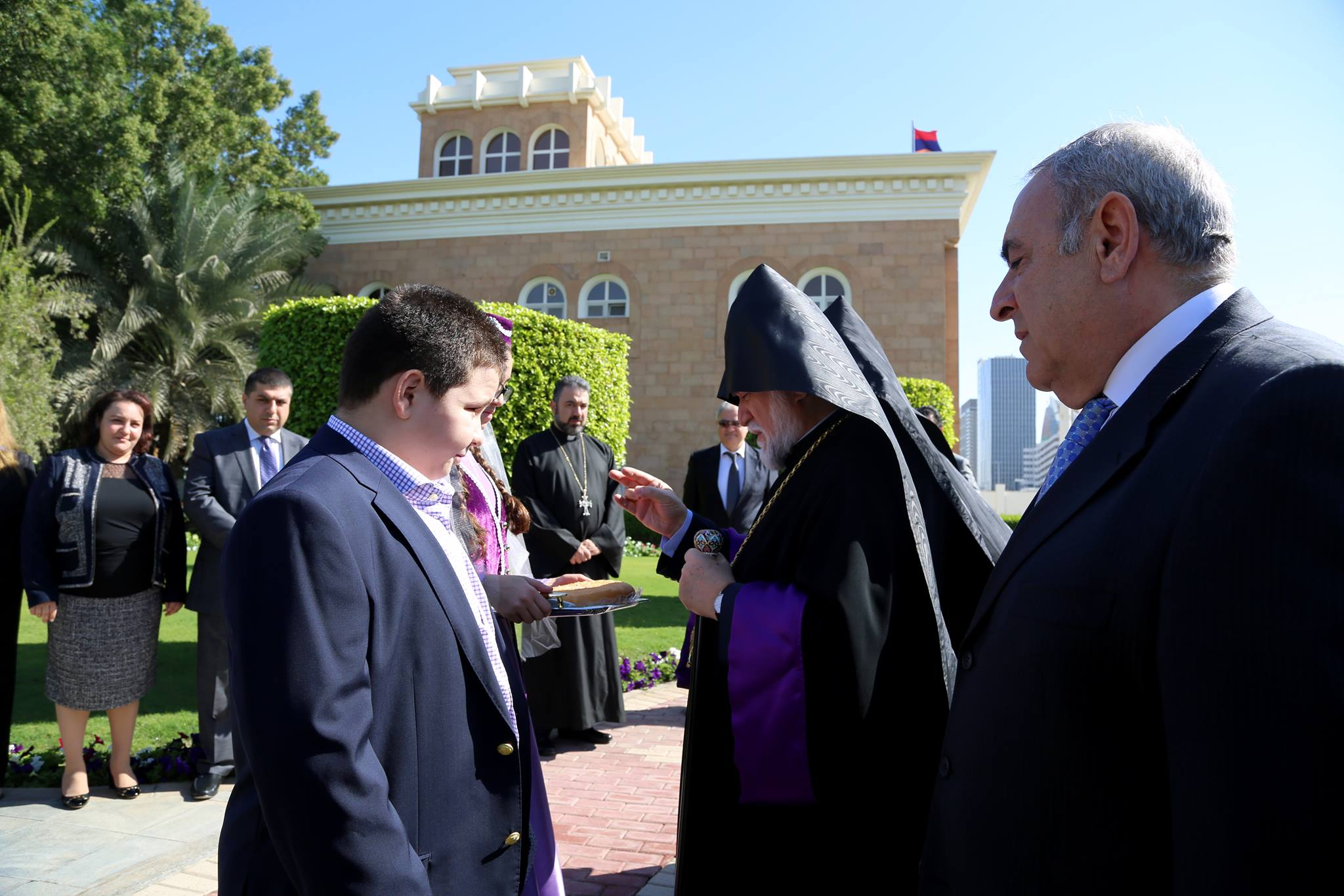 His Holiness Aram I Visits The Embassy Of Armenia In Abu Dhabi