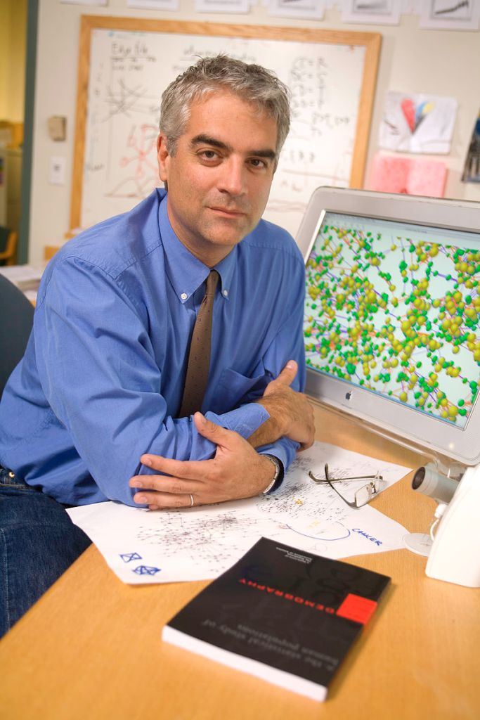 "232: Nicholas A. Christakis | Social Networks, Biosocial Science, And The Evolution Of Good In ""Blueprint"""