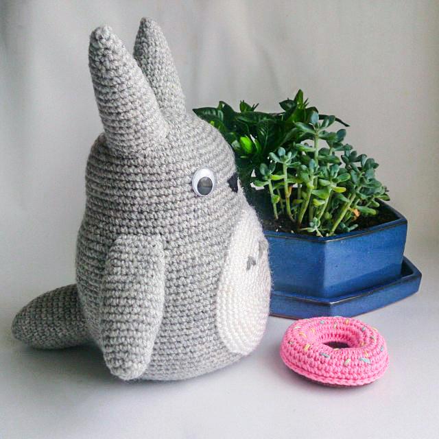 Totoro Cat - amigurumi crochet pattern by Lucy Ravenscar