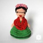 Poupée Frida