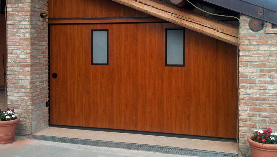 Porte e portoni garage scorrevoli laterali e verticali