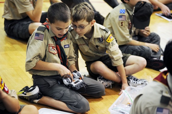 Fort Meade Hosts Boy Scouts Stem Day Article