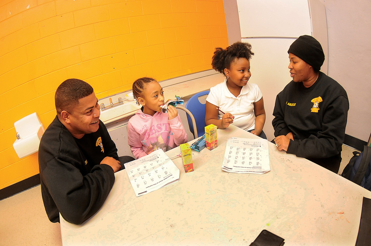 Fort Lee Noncoms Connect With Patrons Of Inner City Boys And Girls Club