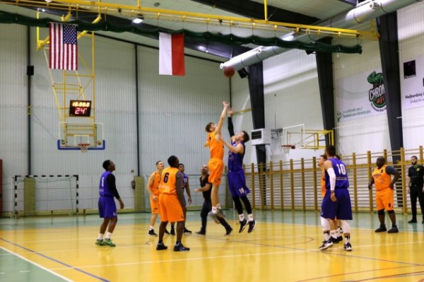 39Dagger39 Brigade Soldiers team up with Polish basketball