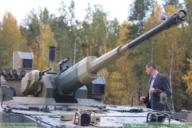 """At RAE 2015 (Russia Arms Expo 2015), the Russian Defense Company Machinery & Industrial Groups N.V. Concern """"Tractor plants"""" unveils a new variant of the famous BMP-3 infantry fighting vehicle equipped with a new turret armed with a 57mm automatic cannon AU-220M."""