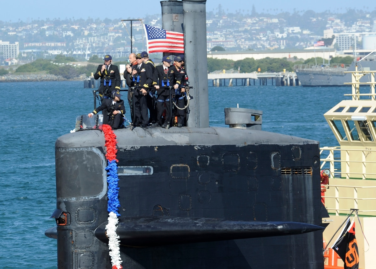 The Navy is retiring a submarine that miraculously survived a terrifying collision