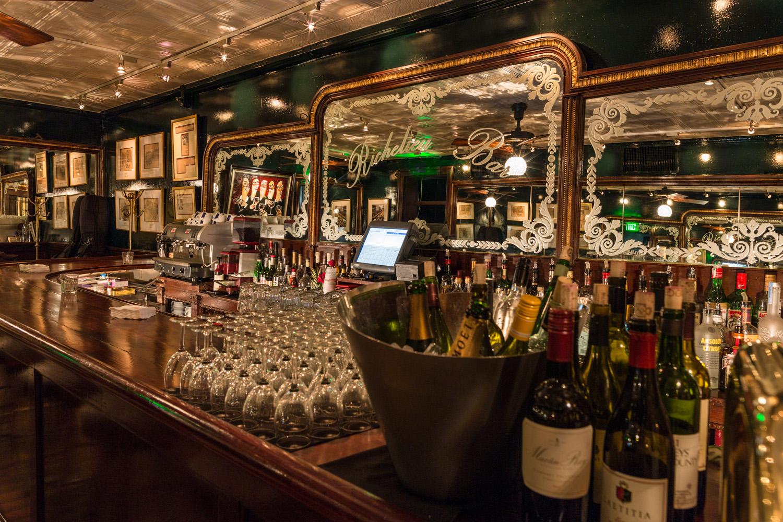 Cocktail Bars New Orleans  Richelieu Bar