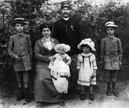 13-famiglia-filippeschi-egidio-binazzi-paolina-figli-tommaso-vincenzo-umberto-jolanda