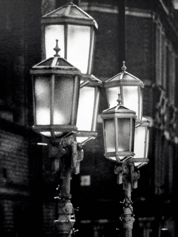 Gas lamps of London