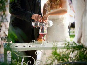 ceremonia del vino, ritual para ceremonia civil, reportaje de boda, fotografía de boda, foto de bodas, ceremonia civil, tipos de ceremonia civil, rituales para ceremonia civil,