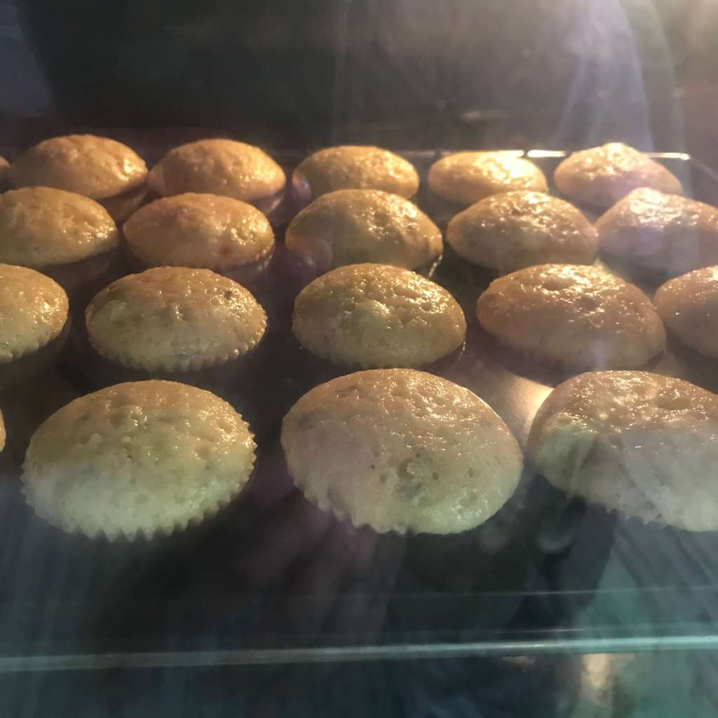 Lavendel Cupcakes backen