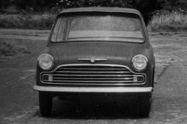 "In-house attempts to distance the style of the new car from that of the Mini, such as this mock-up produced by the Morris factory later in 1958, were less than successful. In fact, according to production engineer Reg Job, it was the ""plain and uninteresting"" frontal design of this car that prompted the commission for Pininfarina to re-style it."