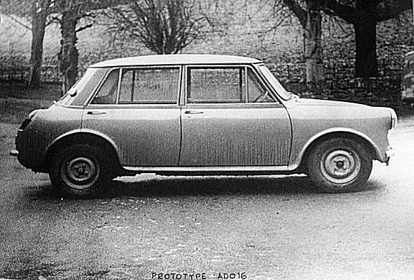 Side view of the later car shows that the proportions and packaging were largely set by this stage in the car's development.