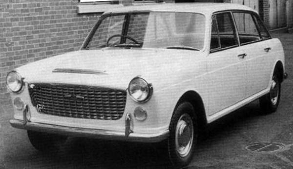 By 1960, the decision had been taken to promote the car to the 1800 class, and the project was renamed XC9005. This new Pininfarina proposal from June 1960 is quite close to the design that was finally signed-off, although its front-end styling was thought to be too similar to that of the forthcoming Morris 1100 (ADO16). The side window frames would also be changed before the car was signed off for production.