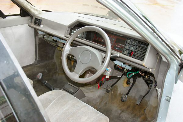 Maestro dashboard suits rough-and-ready prototype interior.