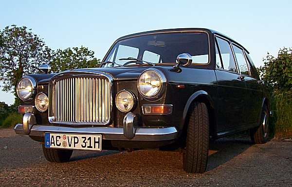 Notice the wide tyres? Alexander Boucke's Vanden Plas Princess has paid host to a raft of changes, one of which is the addition of 13-inch Allegro wheels with wide tyres to replace the standard 12-inch items.