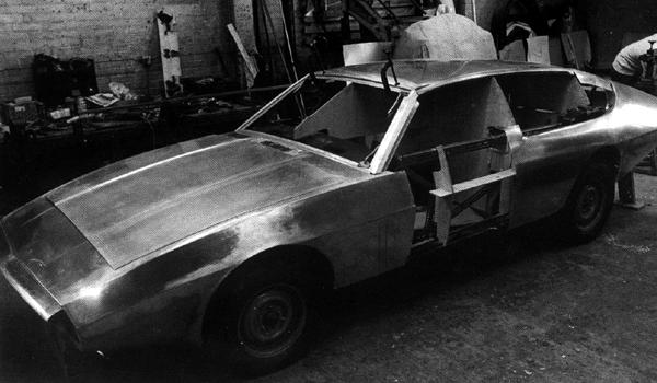 The prototype Sedanca takes shape at the workshops of Williams & Pritchard. As can be seen here, its fixed roof meant that it was a sedanca in name only.