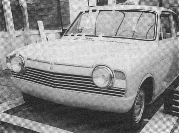 Ajax was drawn up in a very short amount of time by Michelotti, and as can be seen from this early proposal, a rather TR4-like front end was investigated.