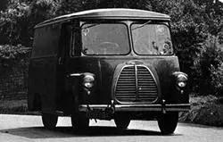 1952 Morris LD van