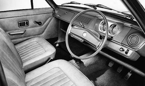 Morris Marina development story. Marina's interior was conceived as a workman-like place to be - apt, considering the market it was aimed for. The 1300 Super version pictured here, was sparsely equipped, but class competitive, nonetheless.