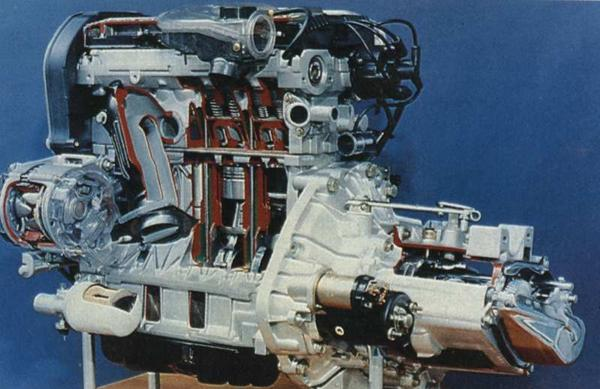 K-Series engine sectioned for viewing: What is evident from this picture is that the design was compact, revolutionary for Rover and finally, and refreshingly, very competitive. In 1396cc 16-valve form the outputs were a very healthy 95bhp at 6250rpm and 91lb ft at 4000rpm.