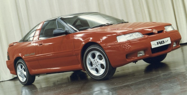 Rover always knew it wanted to diverge from Honda when it came to body variations of the car: this MG-badged R8 prototype, produced in 1988 shows just how the company was thinking. Like the later Tomcat Coupé, this model was pure-R8 from the waist down, but significant variance was made on the roofline. The design of the car was somewhat refined between this version and the Tomcat, even if the concept remained the same, but also the idea of it being an MG was also dropped when it became clear that BAe had released the funds for the company to produce a convertible MG based on a unique floorpan.