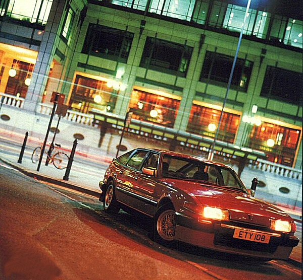 One thing about buying a car that has appeared in the press is that you are bound to be able to pick up some stunning photographs. The previous owners of the car, AUTOCAR magazine managed to successfully capture the Rover's menace on London's mean streets under the cover of the night.
