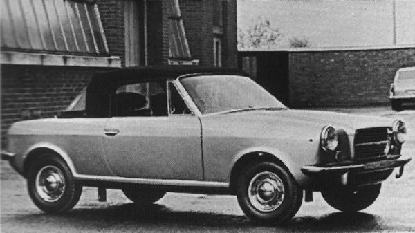 Opinions vary, but this plain-fronted car is generally considered to be the Austin-Healey version of ADO34, probably restyled by Dick Burzi at Longbridge. Pictured below is a closed coupé derivative, fitted with what appears to be a detachable hardtop. It is clearly not, however, the Michelotti-designed ADO70, as one commentator has suggested in print.