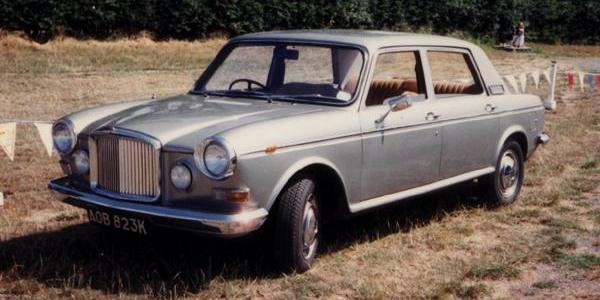 No fewer than three proposed Vanden Plas models featured those doors, based on the Austin 1800, Austin 3-Litre, and Austin Kimberley respectively. The Kimberley-based Vanden Plas 1800 is pictured above, while the other two proposals can be seen in the Vanden Plas prototypes gallery on this site.
