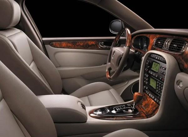 Jaguar XJ interior X350 generation